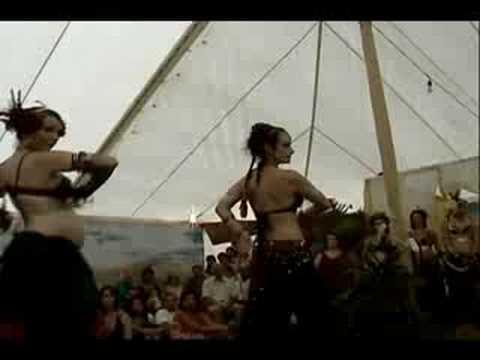 Duo Tribal Roses Sandra Raymond et Catherine De Sève