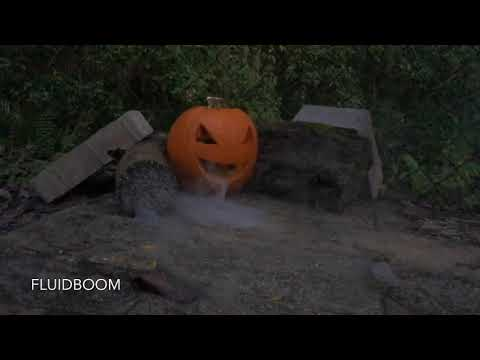 Mark Manuel - Now THIS Is How To Carve A Pumpkin!