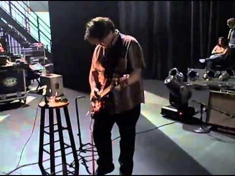 ECHO AND THE BUNNYMEN - Will Sergeant Soundcheck - 2009