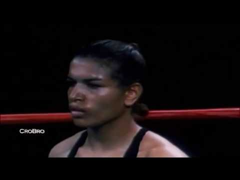 UMMAHFC: THE GREATEST FEMALE BOXER!!!!
