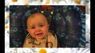Классное видео. Прикольный малыш. Как он реагирует на мамину песню!(Мама поет малышу песню, а он реагирует как взрослый. Не ревет белугой, как все дети, а тихо плачет, то ли от..., 2014-05-25T05:22:46.000Z)