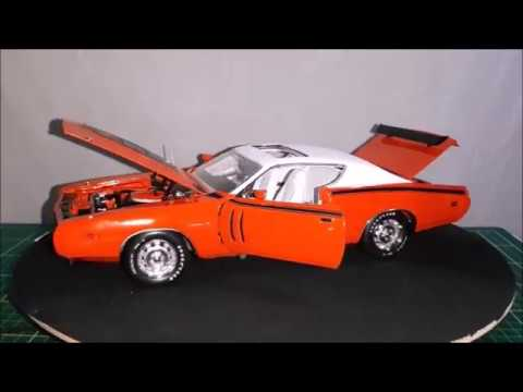 Review Of A 1:18 1971 Dodge Charger R/T HEMI, By Auto World