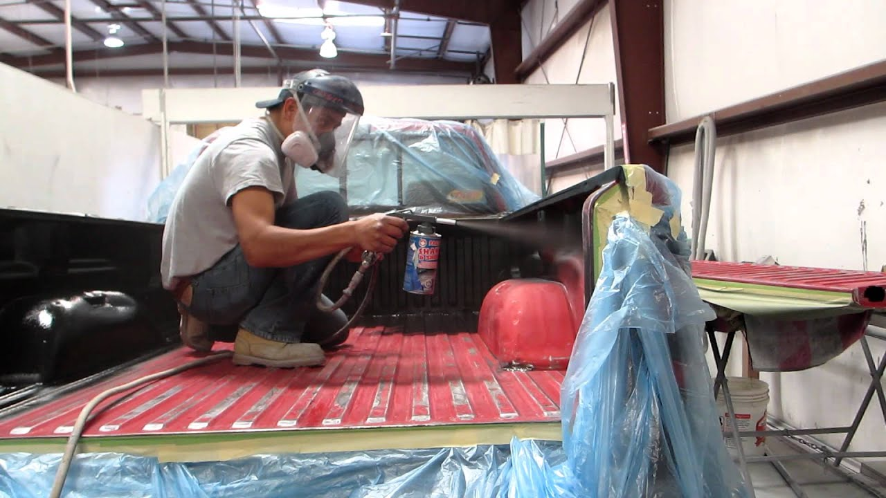 Truck spray in truck bedliner shake and shoot youtube solutioingenieria Image collections