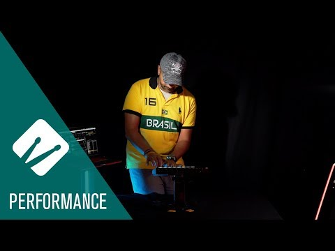 Performing Live with Raw Power in Groove Agent 5   Performance Video
