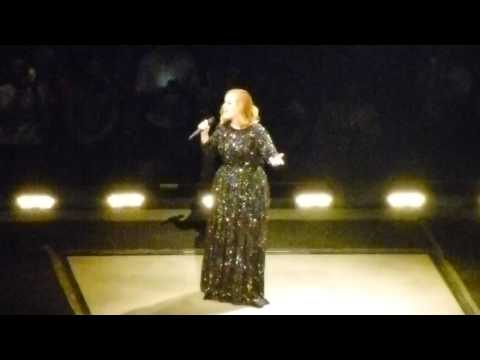 Adele - Hello (Live in Paris)