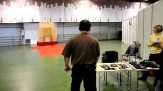 Виталий Ким. Безоборотное метание ножа - 11,5 метров. Выставка Клинок 2010
