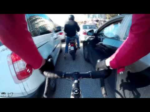 Cycling in Crazy Traffic Road Bike