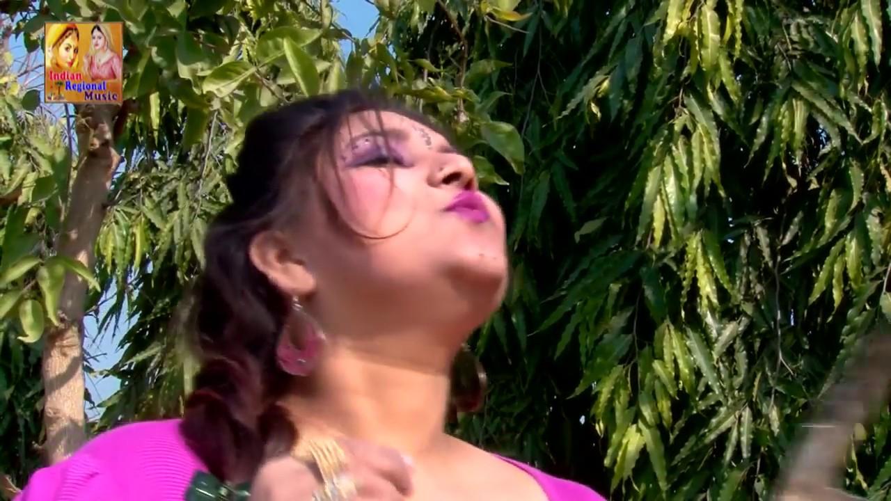 DESI HOT BHABHI ROMANCE IN NIGHT