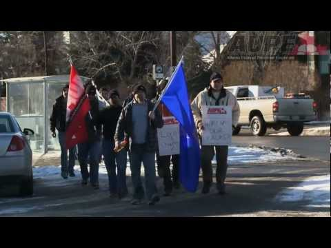 Correctional officers protest outside Alberta Sol-Gen office