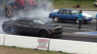 Dodge Demon vs Mustang Fox Body - 1/4 mile drag race