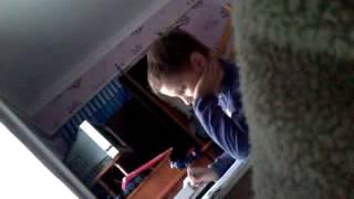 Как дети делают уроки