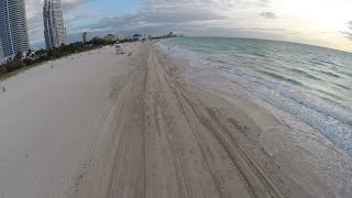 FLYING DRONE IN MIAMI(, 2016-04-21T17:56:38.000Z)