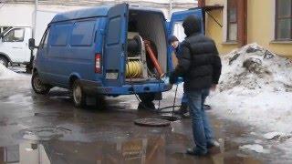 Прочистка канализации станцией высокого давления.(Поскольку машина приходит с пустым баком находиться внутри машины то сначала надо заполнить 1 м.куб холодно..., 2016-02-24T07:46:49.000Z)
