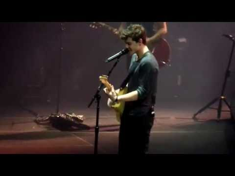 Shawn Mendes - Lights on (New Song Live at Madison Square Garden)