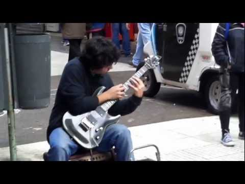 Amazing guitar performance in Buenos Aires streets