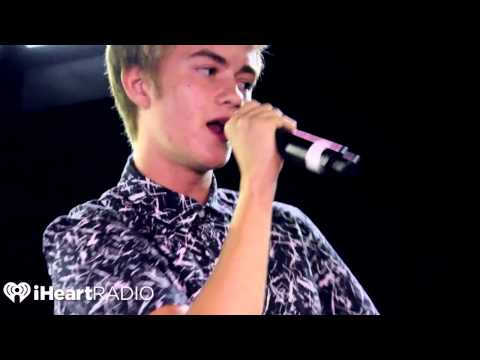 "Jack and Jack perfom ""Wild Life"" on next up"