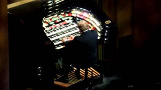 Organ Players at Radio City Music Hall - Rockettes 2015