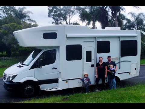 Maui motorhome tour 4/6 person