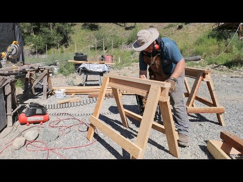 STUPID-EASY 2x4 SAWHORSE BUILD