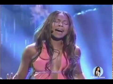 Ashanti Performs 'Rain On Me' At The 2003 American Music Awards