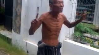 VIDEO LUCU PAK TUA GOYANG EDAN TURUN
