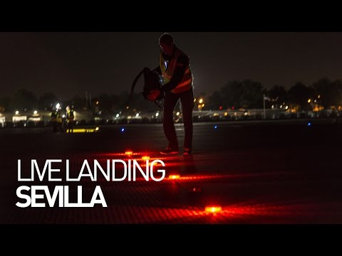 LEG 15 LIVE: Solar Impulse Airplane - Landing in Seville