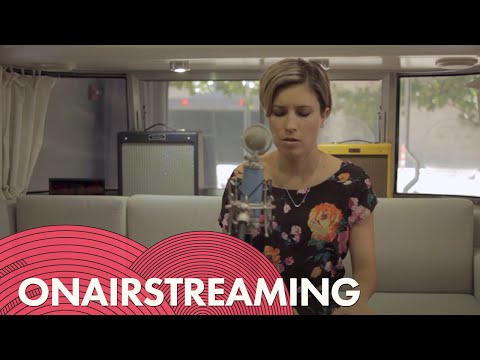 Missy Higgins - Everyone's Waiting | Live At OnAirstreaming