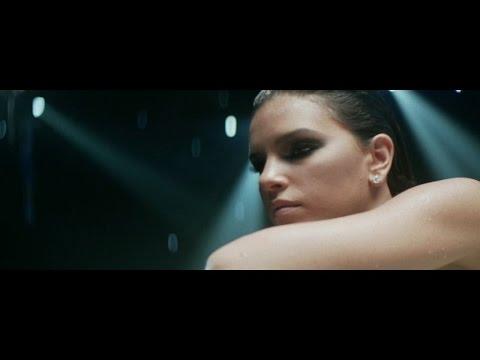 Mariana Rios - Reach Me (video clipe oficial)