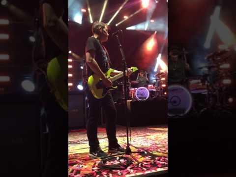 blink-182 Family Reunion Live Encore - Pelham, Alabama 4/25/2017