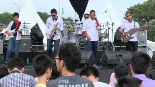 Song For You by IYR live at International Djarum Super Mild Java Jazz 2012