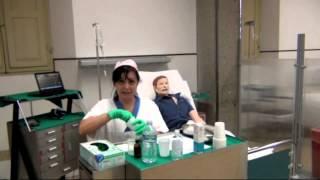 Somministrazione terapia tramite sondino naso gastrico - SNG