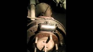 Газ 24 1983г ремонт тормозов(, 2015-10-24T14:50:54.000Z)
