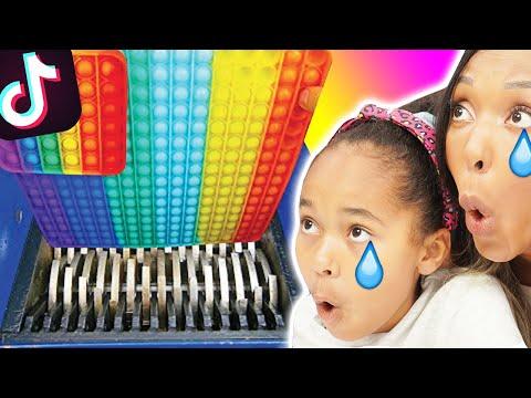 RÉACTION aux PIRES TIK TOK videos de POP IT ! (Try Not To Laugh Challenge)