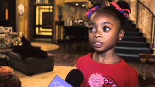 Gambar cover Skai Jackson On Set 'Jessie' Interview