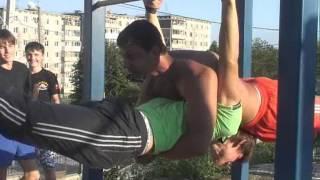 видео: Златоустовские воркаутеры -- лучшие в России и в мире