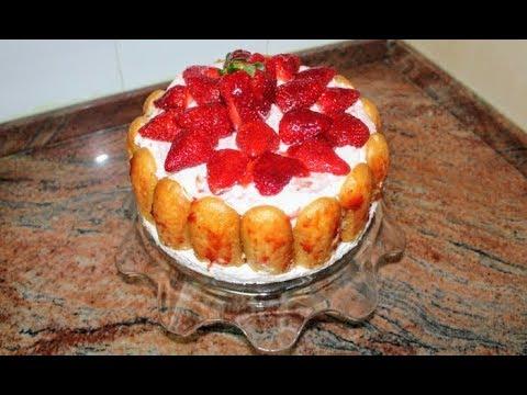 Лесна бишкотена торта с ягоди