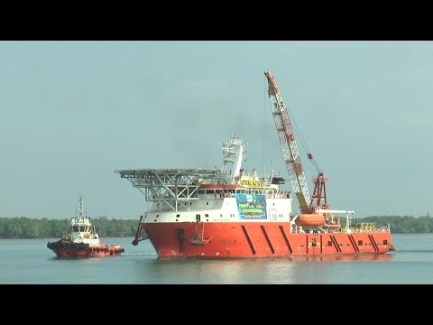 Rohingya aid ship comes home