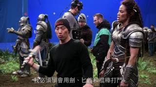 【魔獸:崛起】幕後花絮-寶拉巴頓