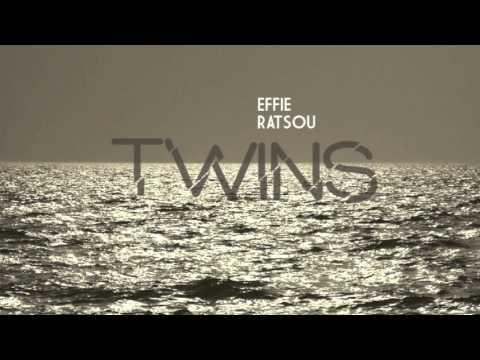 Effie Ratsou - Daisies