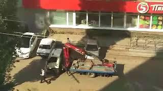 Эвакуация авто в Саратове не состоялась из-за странных действий инспектора