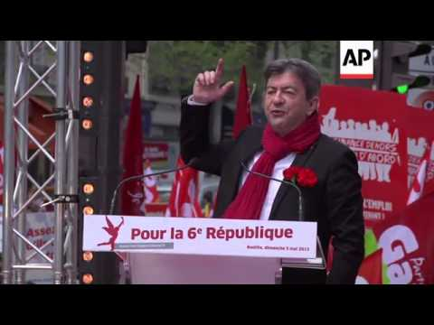 Thousands of leftists march to express disappointment with Hollande's 1st year