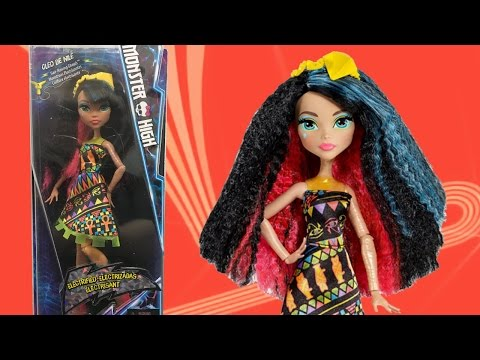 Monster High Electrified Cleo De Nile Doll Review Hair