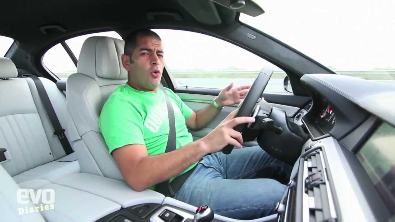 Chris Harris of Evo Magazine Reviews the 2012 BMW M5