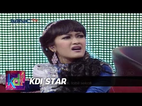 Ratu Goyang Gosip Nyanyi Lagu Juju Mumu - KDI Star (5/7)