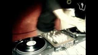 30min Microhouse / Techno vinyl DJ set (studio recording @ London) by Da Root