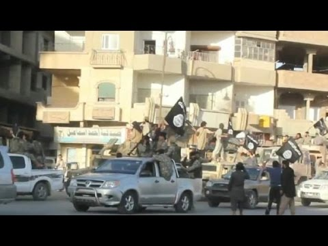 U.S., allies step up strikes on ISIS