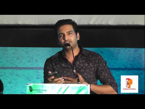 Santhanam at Inimey Ippadithan Movie Audio...