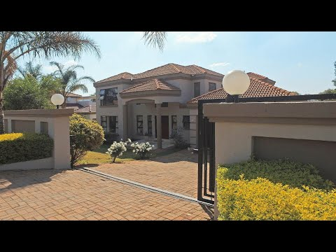 3 Bedroom House for sale in Gauteng | Johannesburg | Roodepoort | Ruimsig Country Estat |