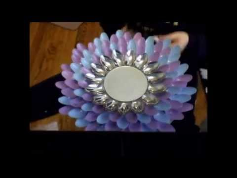 Diy flower spoon mirror youtube for Plastic spoon flower mirror
