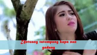 Elsa Pitaloka   Salah Manimbang (Lyrics)